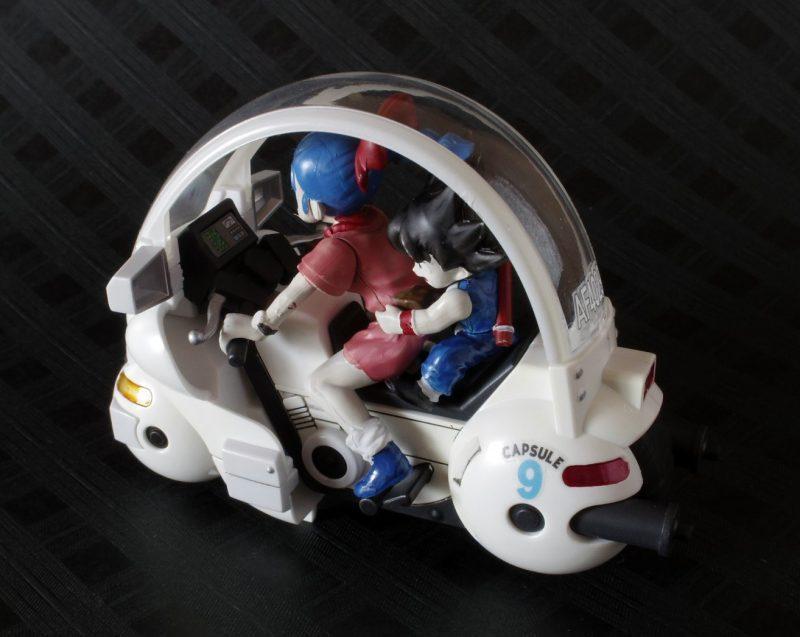 メカコレ ブルマのカプセルバイク